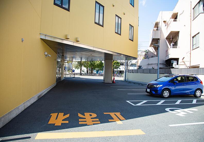 写真:平安会館わたりだ駐車場